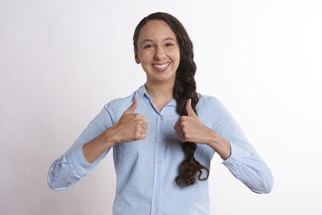 Daumen hoch: Gut gerüstet für die neue Arbeitswelt- mit New-Work-Skills und DNLA!